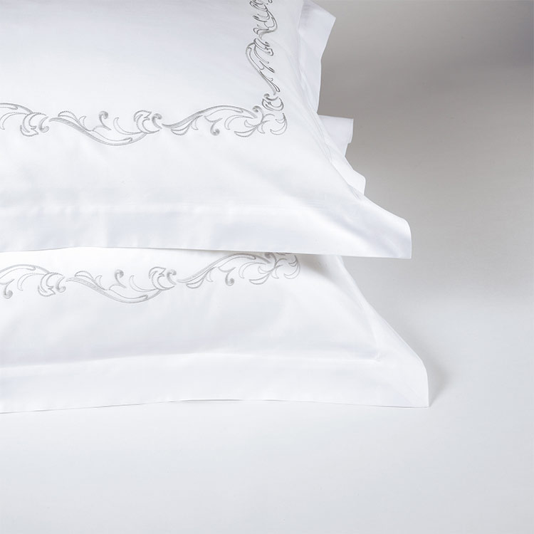 coppia federe cuscini letto ricamo jacquard grigio