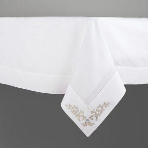 vischio ornamentale tovaglia dettaglio ricamo